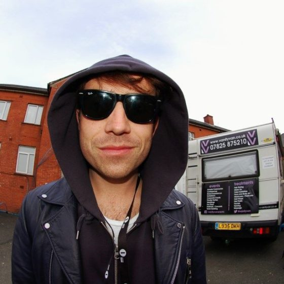 37-radio-one-big-weekend-2013-grimmy-hanging-in-the-car-park