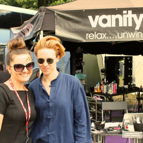 42-latitude-festival-2015-la-roux-post-massage