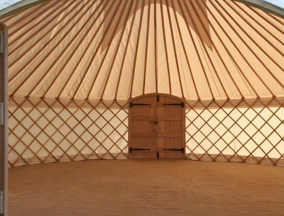 7-yurt-blank-interior