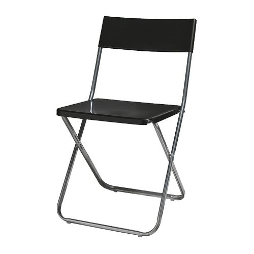 8-folding-black-chairs