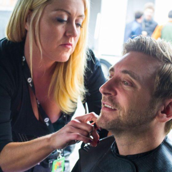 dj-fresh-having-his-hair-cut