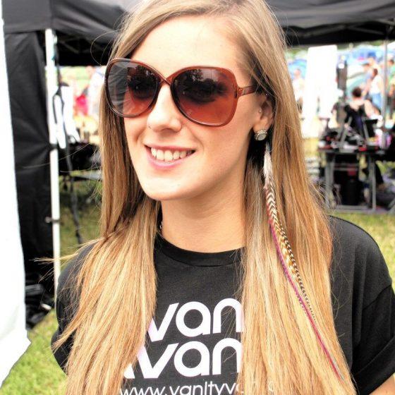 vanity-van-hair-styling-41