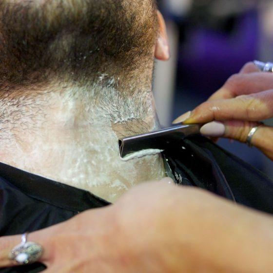 vanity-van-wet-shaving-3