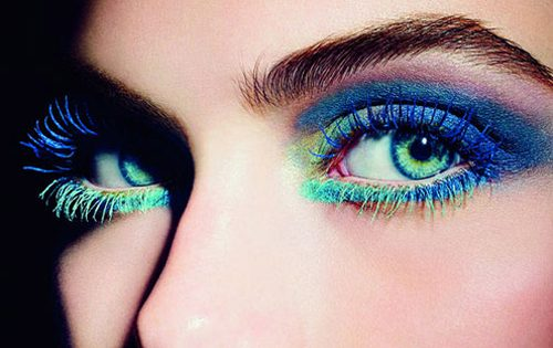80s eye makeup coloured mascara beauty trends summer