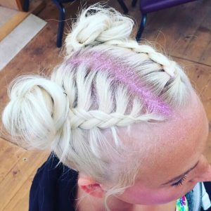summer beauty trends space buns braiding and glitter hair