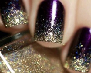 Vanity van top tips for do it yourself christmas nails christmas nails solutioingenieria Image collections