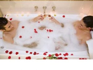 Valentines couples bath