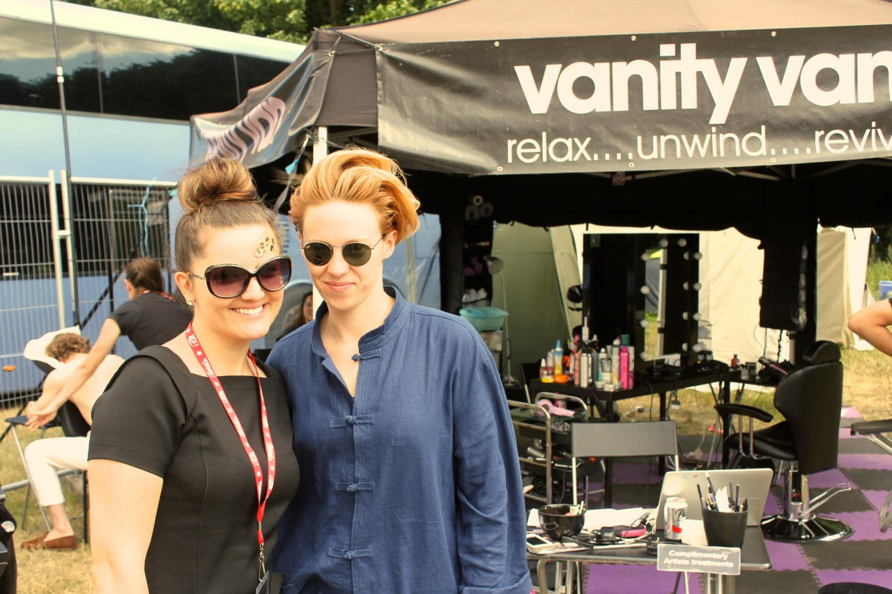 Vanity van La Roux post massage
