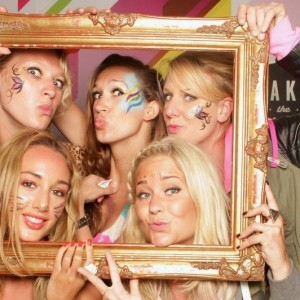 makeup photobooth event team face art