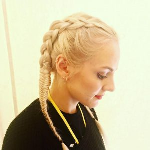 Glastonbury pop up salon plaits