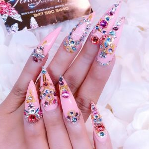 Summer nail trends jewels