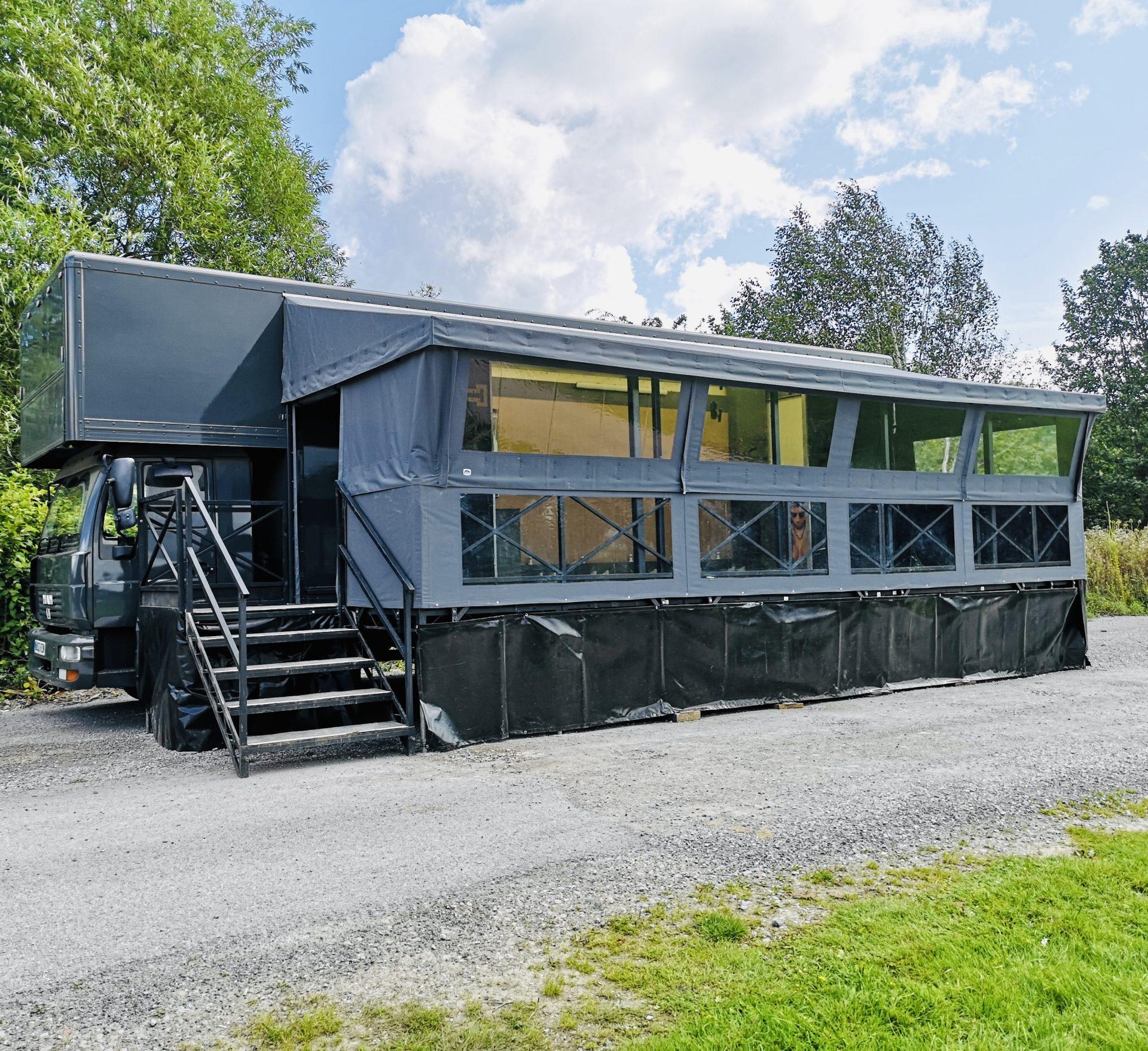 truck mobile salon
